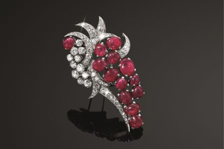 tefaf belperron vitage brooch ruby and diamonds