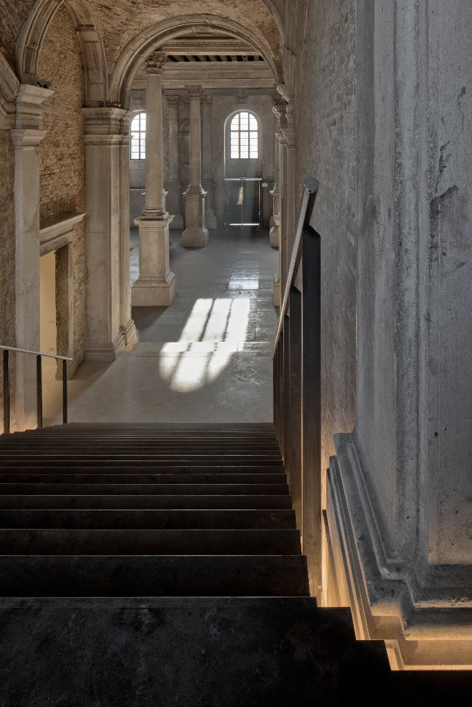 Misericordia di Venezia stairway