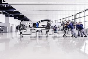 Bugatti atelier chiron construction