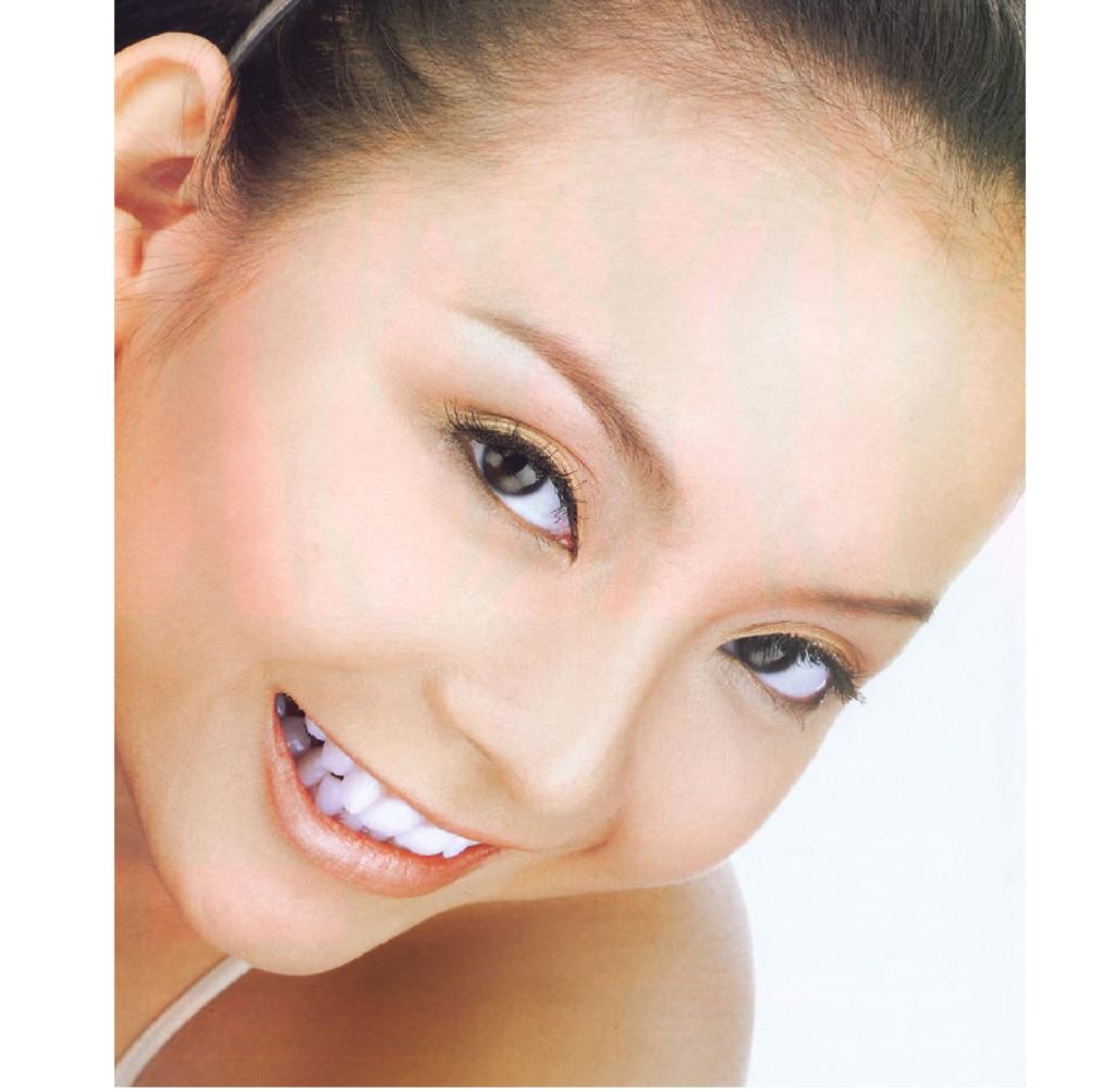 Model skincare amareta kelly