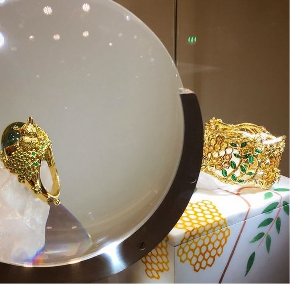 TEMPLE ST. CLAIR: THE BIG GAME HONEY BEE BRACELET & RHINOCEROS RING