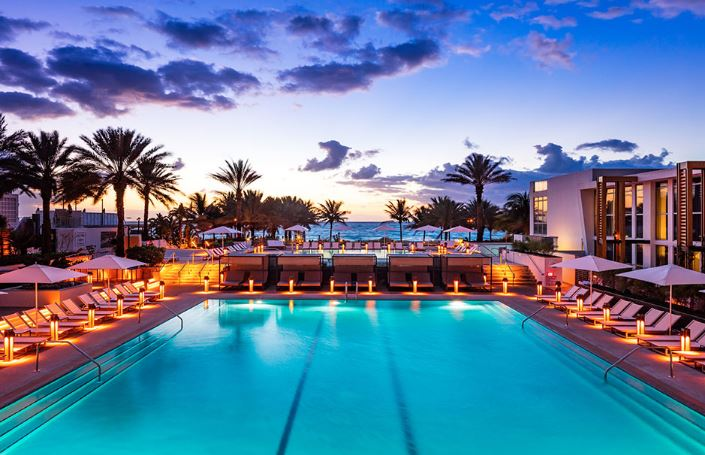 nobu eden roc resort miami florida collin avenue swimming pool