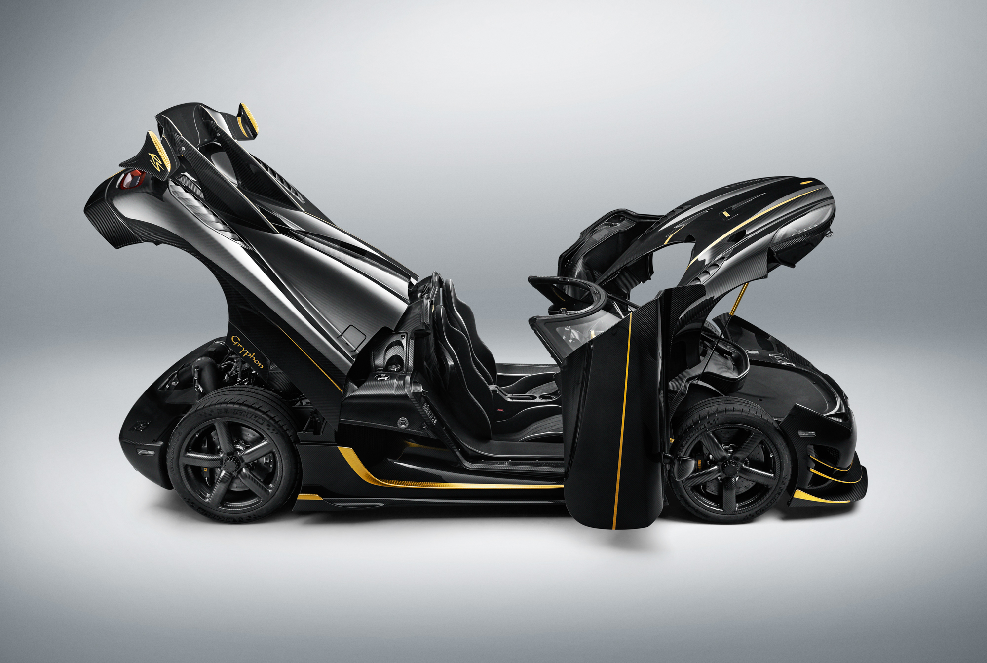 KOENIGSEGG: AGERA RS - GRYPHON OPEN
