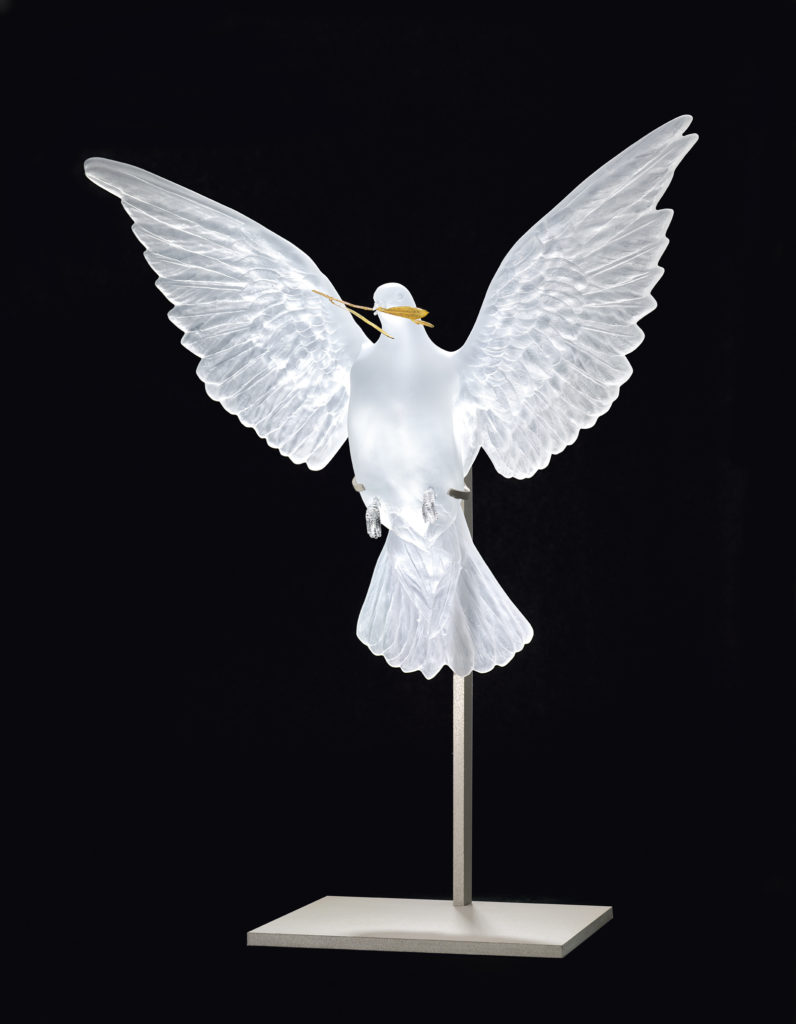 ETERNAL TRUTH CLEAR AND GOLD PHOTOGRAPHED FRANCOIS FERNANDEZ DAMIEN HIRST SCIENCE LTD LALIQUE