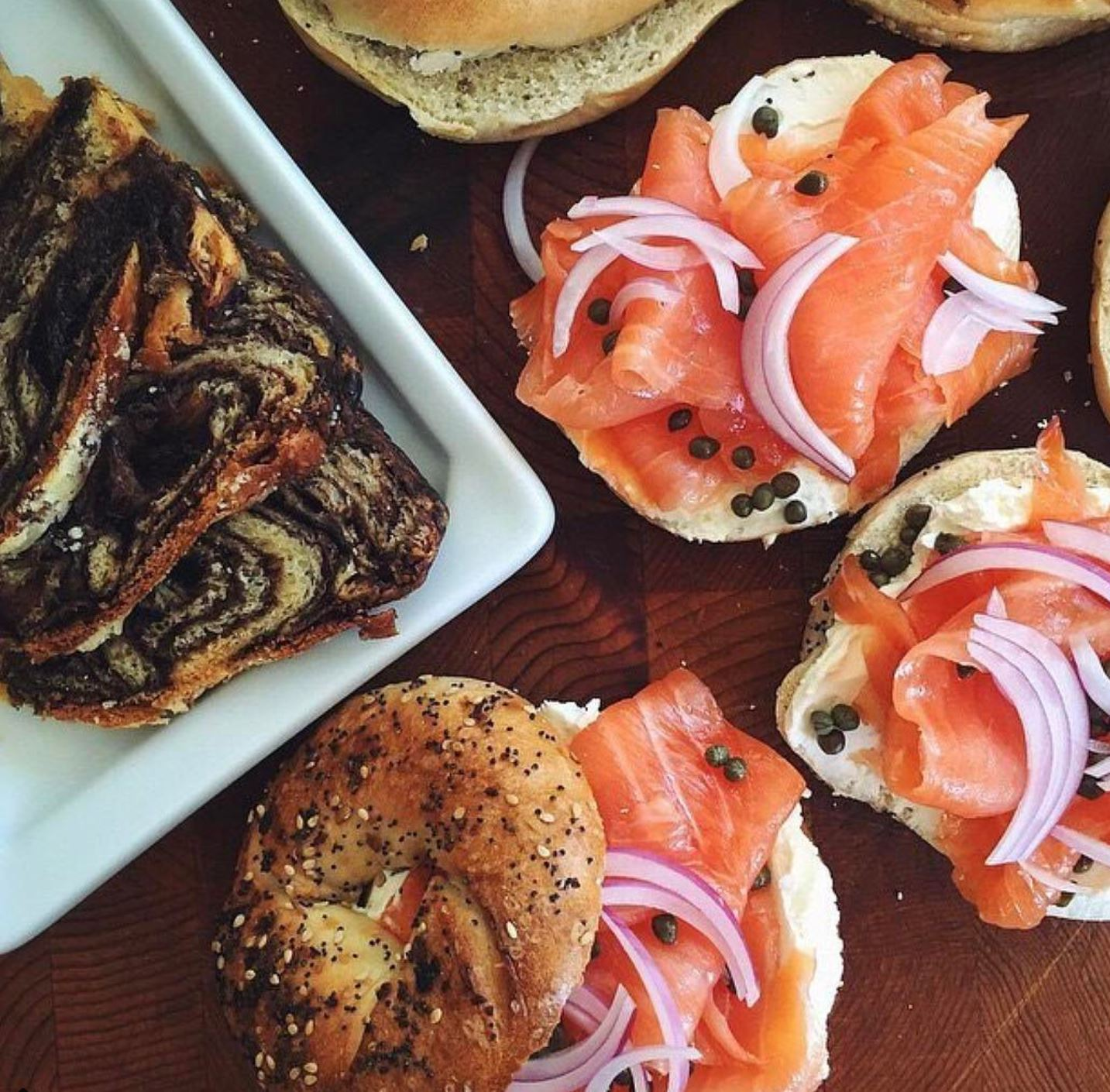 RUSS & DAUGHTERS: BRUNCH - BABKA AND LOX BAGELS