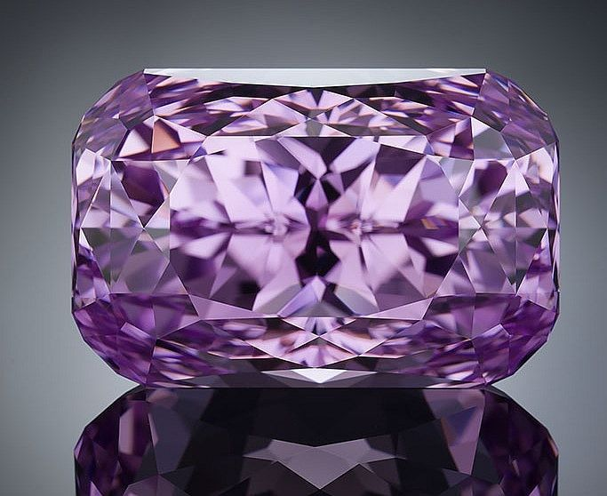 KUNZITE FACETED - PHOTO CREDIT - TINO HAMID