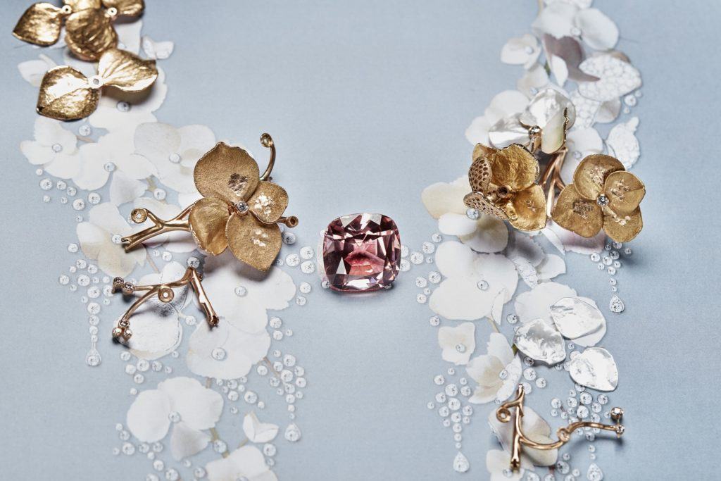 Boucheron 2 - Nature Triomphante 2018 Collection - Pink gold flowers and 42.96 ct cushion tourmaline on the Nuage de Fleurs gouache.