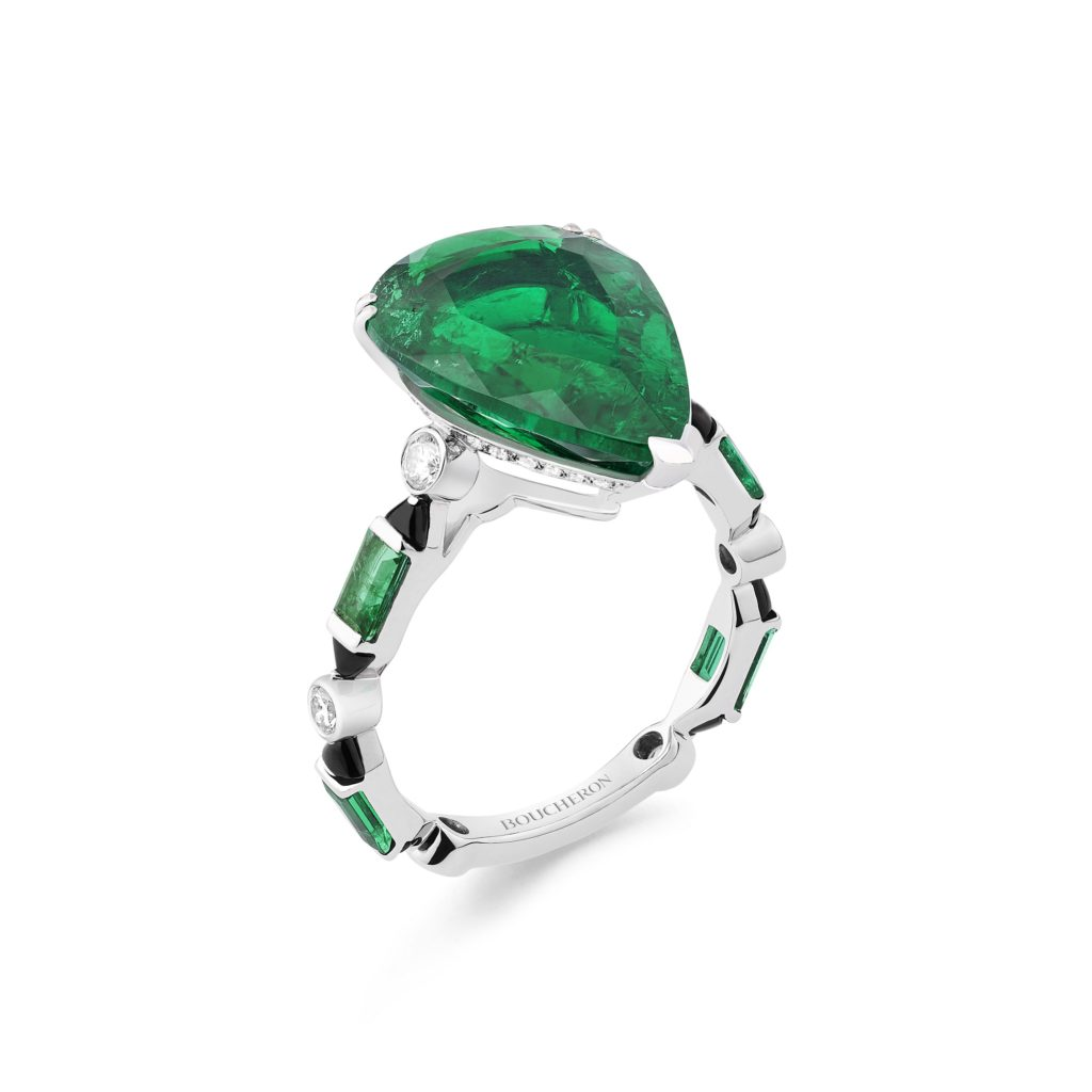 BOUCHERON: Pluie Art Déco Ring From Nature Triomphante High Jewelry Collection Set With A 6,42 ct Colombian Pear Emerald, Emeralds And Onyx, Paved With Diamonds, On White Gold